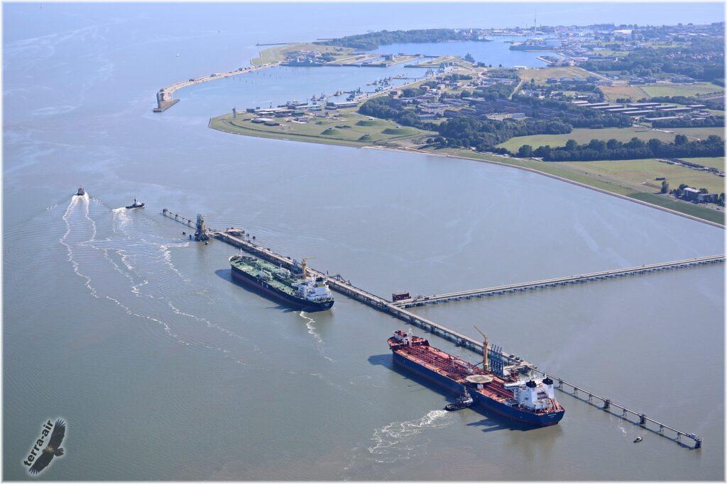 Ölhafen von Wilhelmshaven